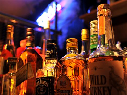 各種アルコールを取揃えています。